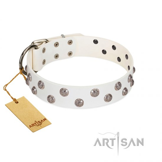 """Wild Flora"" FDT Artisan White Leather German Shepherd Collar with Silver-like Engraved Studs - Click Image to Close"