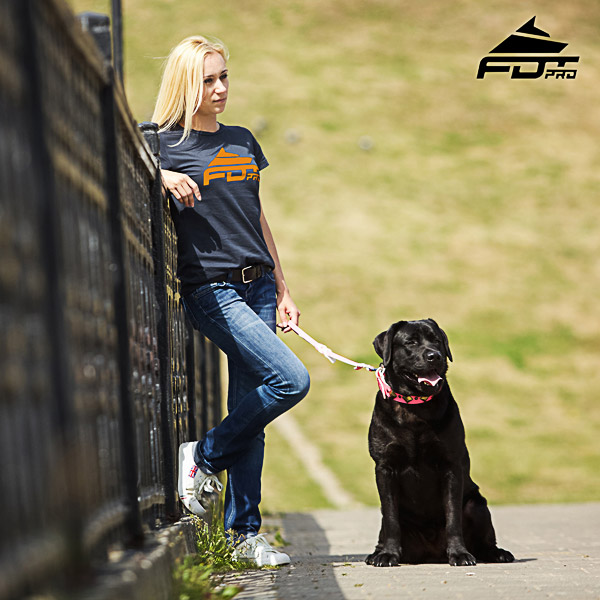 Women T-shirt of Strong Cotton for Dog Walking